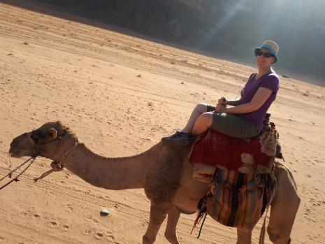 Promenade en dromadaire dans le Wadi Rum, Jordanie
