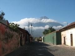 Volcan dans les nuages - Guatemala